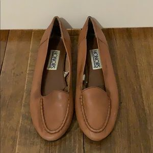 Sox-Tab Honors Tan Leather Loafer Shoe